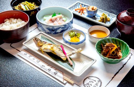 山菜定食 2,200円(税込)のイメージ画像